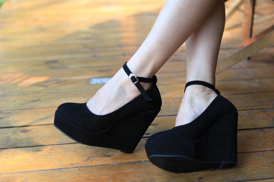 Фото черные туфли на платформе